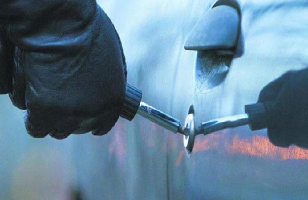 ΚΥΠΡΟΣ: Έστηναν υποθέσεις κλοπής οχημάτων για να πάρουν την ασφαλιστική αποζημίωση – Υπό κράτηση 60χρονος
